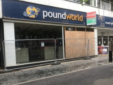 Shops closing is a risk to the high street